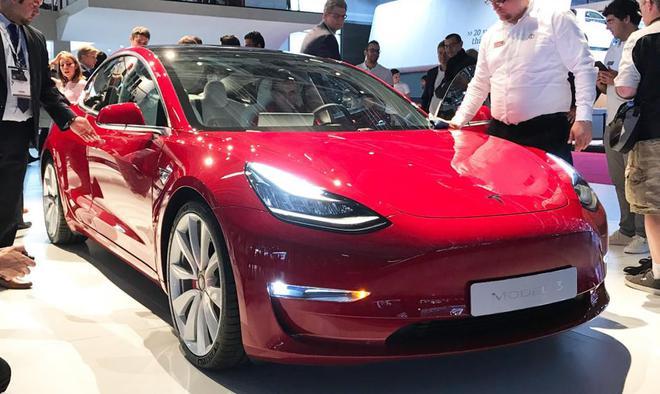 """马斯克暗示将 """"搭建帐篷工厂""""2019年在中国量产Model 3"""