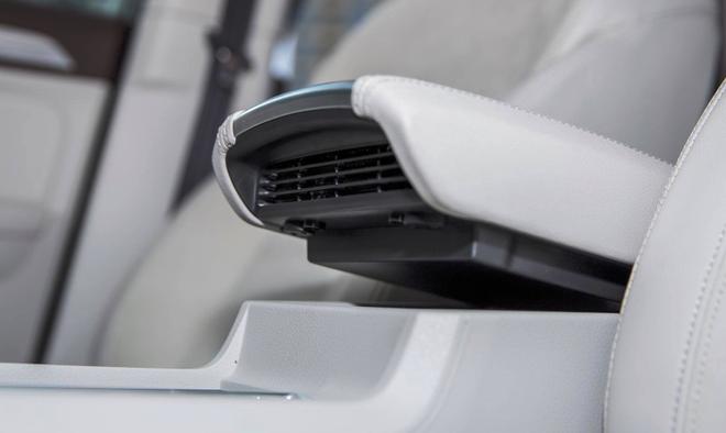预防新型肺炎从车内做起 荣威主动净化健康舱