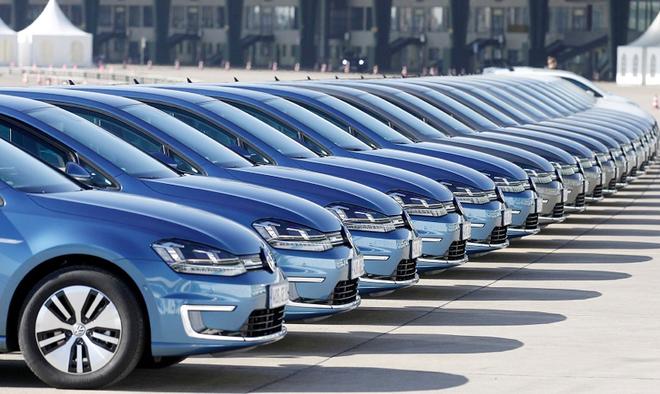 """全球车市短时间""""V型""""苏醒或有望 低迷能够继续到2021年下半年"""