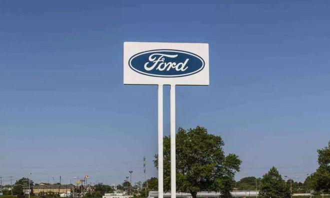 美国车市表现疲软 各大车企频频裁员 汽车行业面临重组