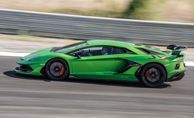 兰博基尼Aventador未来继任车型将搭载混动V-12引擎