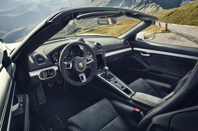 保时捷发布718 Spyder/Cayman GT4官图