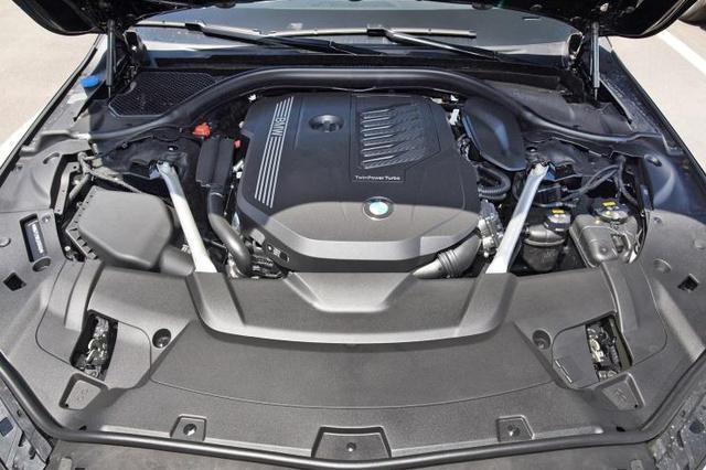 捷豹路虎或将使用宝马发动机及混动系统