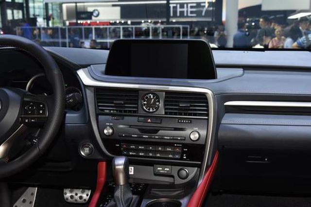 新款雷克萨斯RX开启预售 售39.9万起