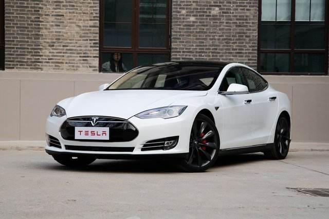 车主提起诉讼:特斯拉限制电池续