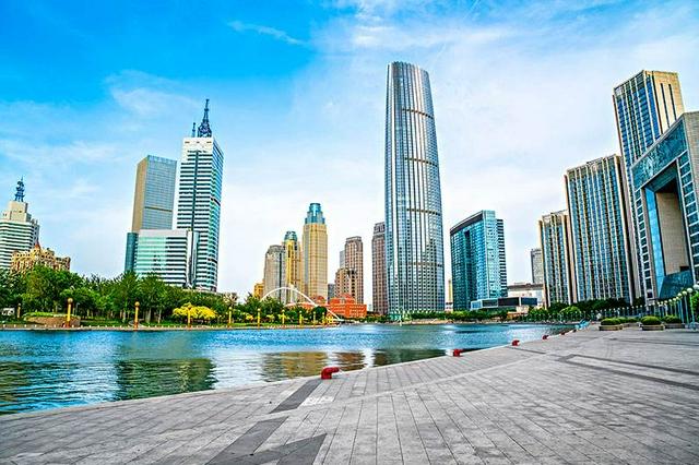 天津经济运行呈现稳中加固 稳中有进态势 上半年地区生产总值