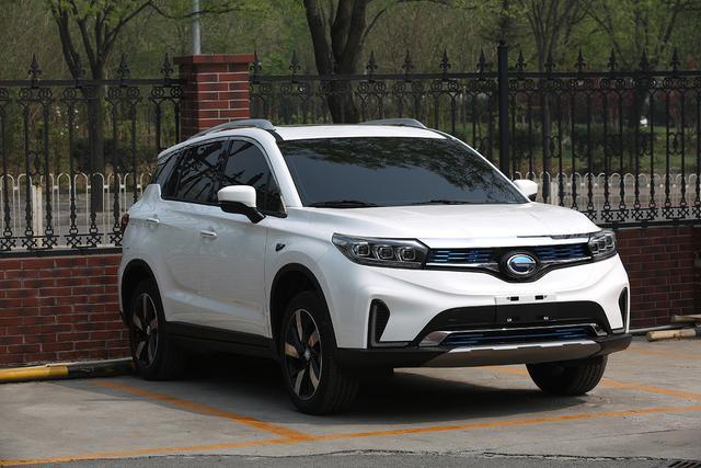 实拍|广汽丰田首款纯电动SUV ix4 EV