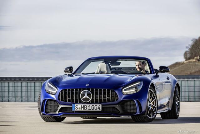 图集|蓝色幽灵敞篷跑车 Mercedes-AMG GT R