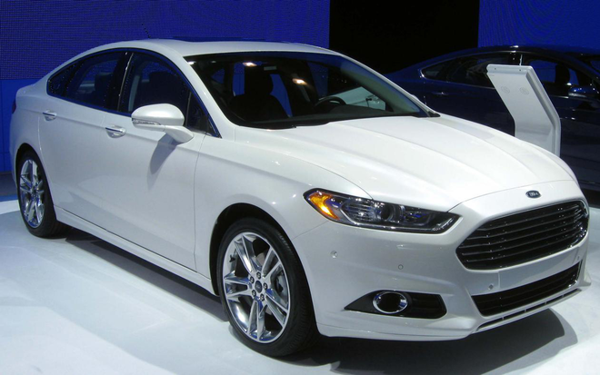 福特在北美召回27万辆Fusion 以修复传动故障