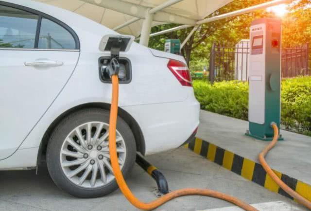 奔驰彩票微信群,我国新能源汽车今年前9个月进口同比大涨,特斯拉成主力
