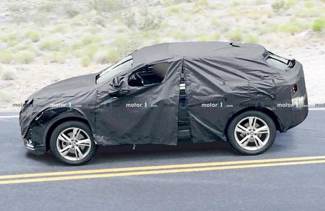 奥迪Q4谍照曝光 Coupe风格或2019年发布