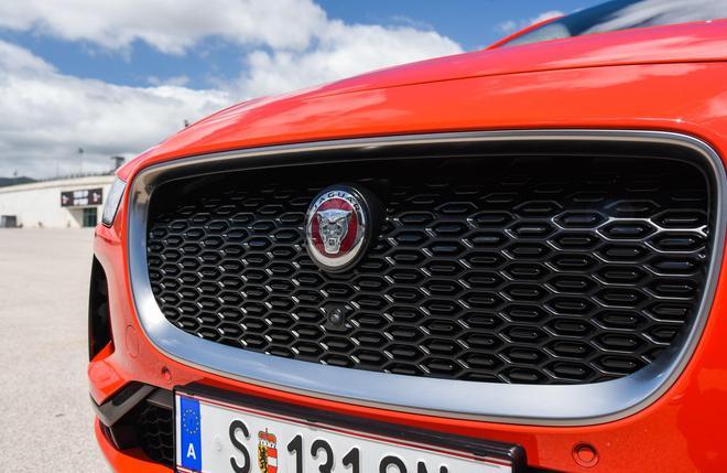 捷豹路虎基于宝马FAAR前驱平台,首款车型或定名A-Pace/B-Pace,定位紧凑型轿跑SUV