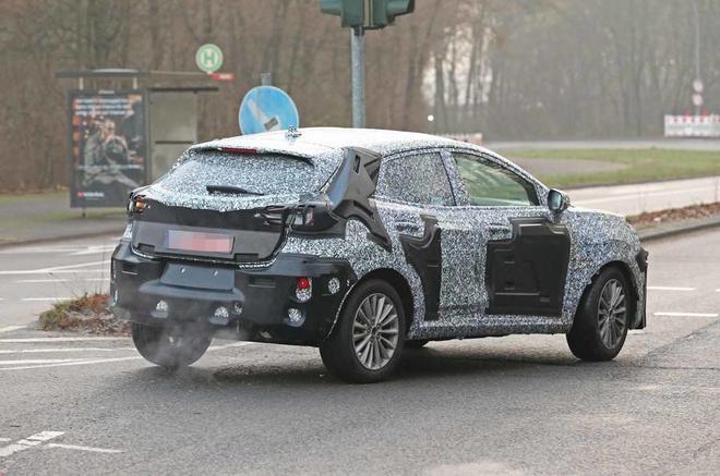福特全新小型跨界SUV谍照曝光 或替代翼搏