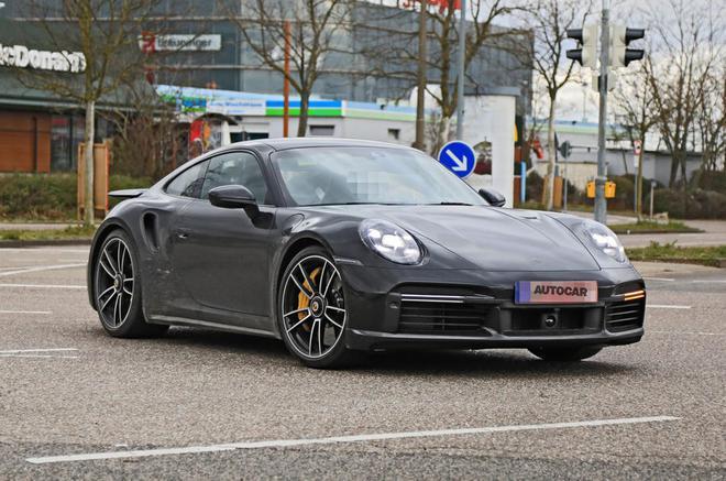 新款保时捷911 Turbo即将亮相日内瓦车展