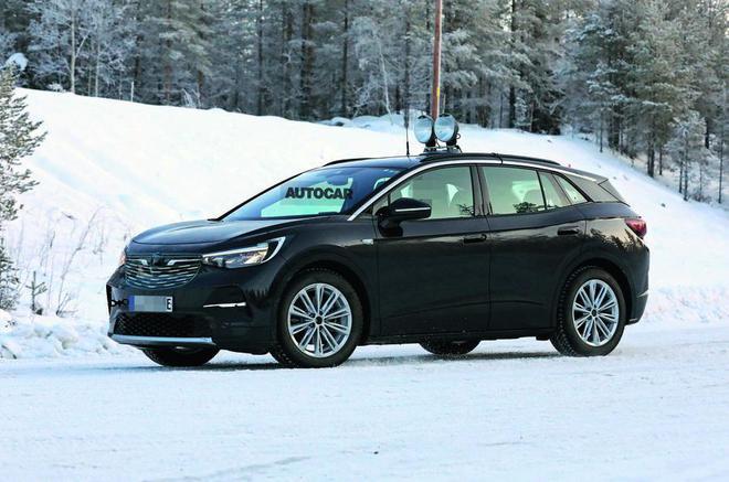 大众ID品牌全新中型SUV 国内将推7座加长版