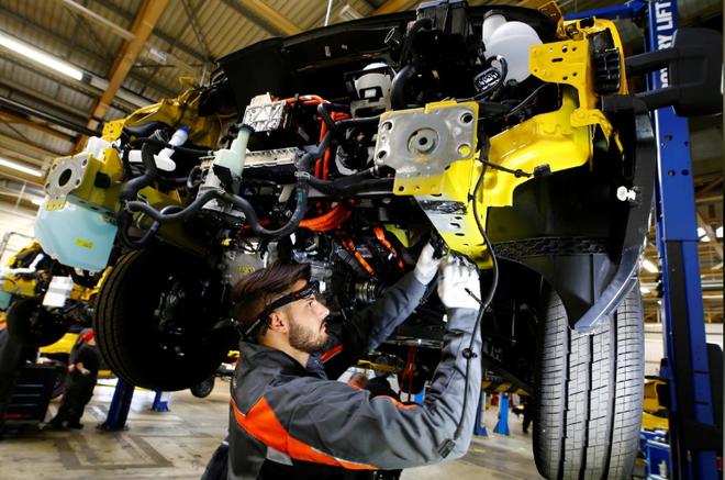 欧洲汽车制造厂大规模关闭 美国组装厂提心吊胆缓慢运营