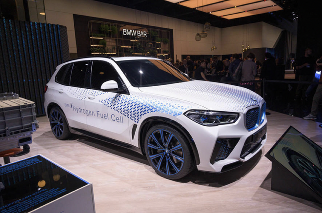 宝马发布更多氢燃料电池车计划 2