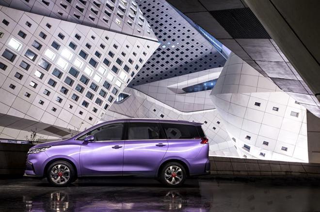 上汽大通G50正式发布 将于12月正式上市
