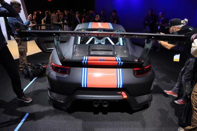2018洛杉矶车展:全新保时捷911 GT2 RS Clubsport发布