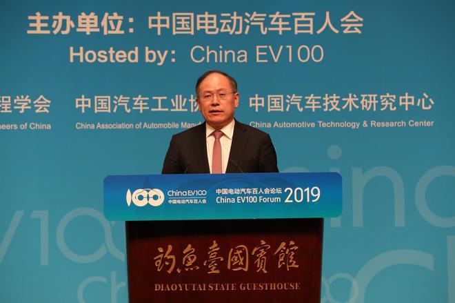 中国一汽总经理、党委副书记 奚国华