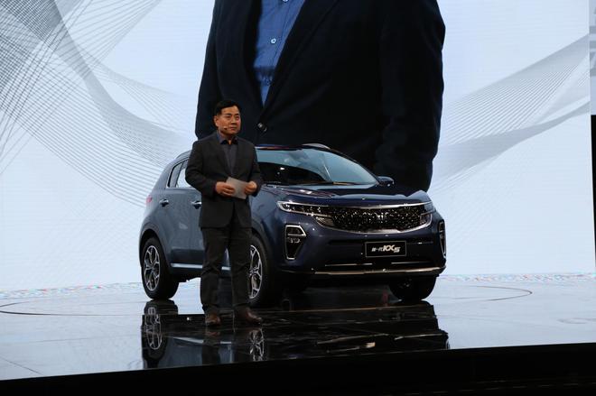 品牌营销室室长 尹重宽先生
