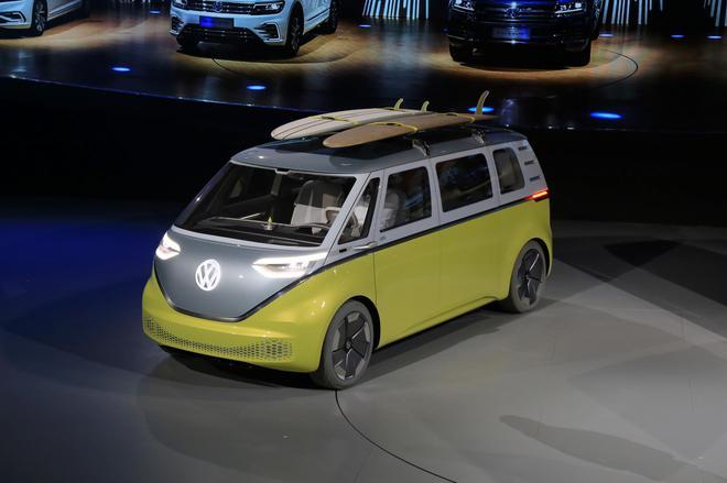 国产电动车领衔 大众全新纯电动车亮相