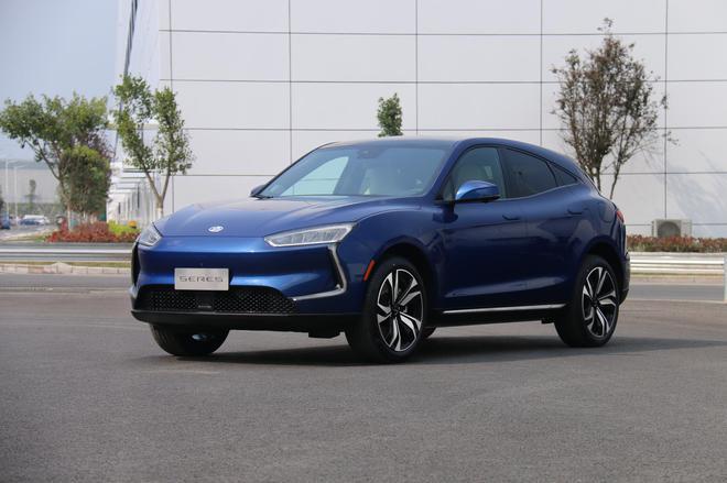 金康SERES品牌首款量产车型—SF5
