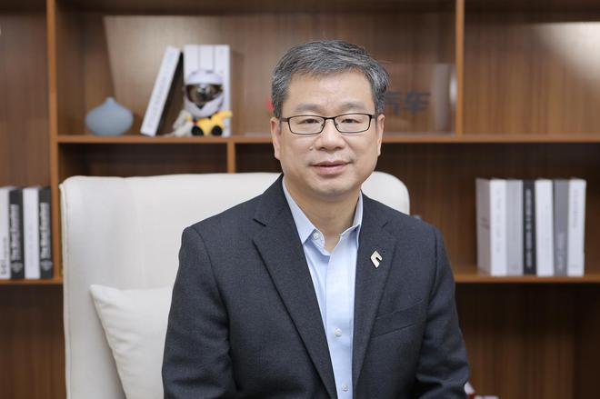 南京博郡新能源汽车有限公司董事长、CEO黄希鸣