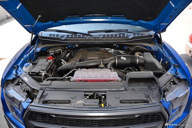 高尔夫·嘉旅新车型上市 售14.40万元