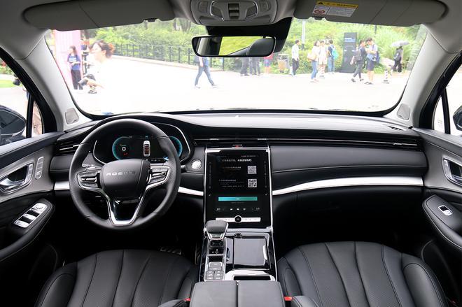 荣威RX5 MAX今晚上市 预售14.98万元起