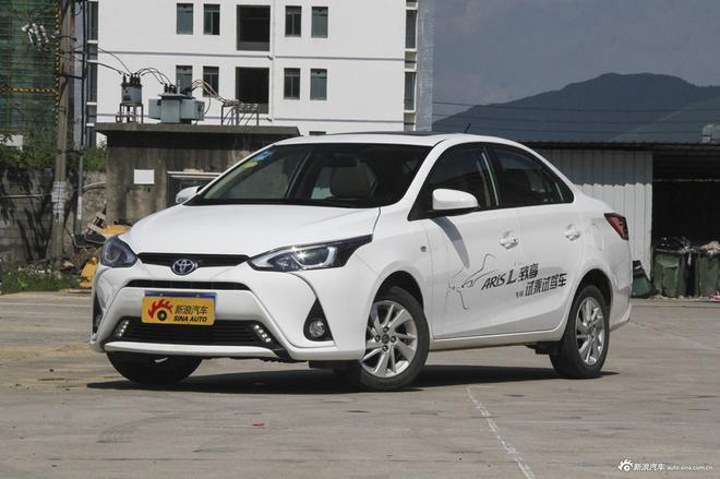 北京现代新一代ix25/悦纳上市 售10.58万起/7.28万起