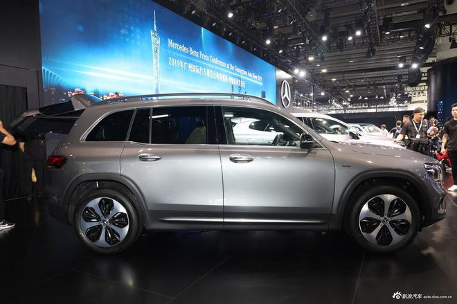 北京奔驰GLB正式上市 售价31.48-35.48万元