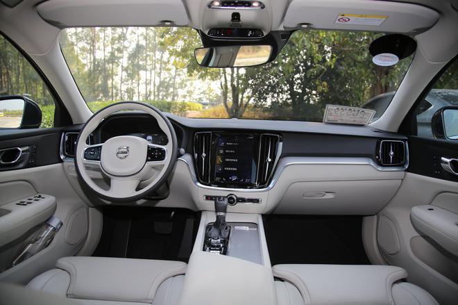 推7款车型 沃尔沃全新S60将于12月12日上市