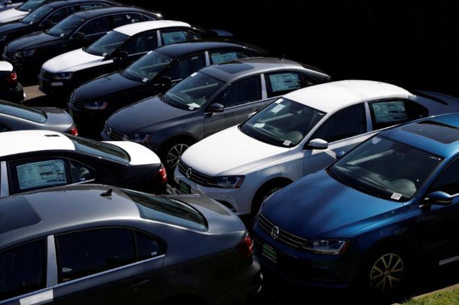 美国汽车业受疫情影响 预计全年销量下滑9%