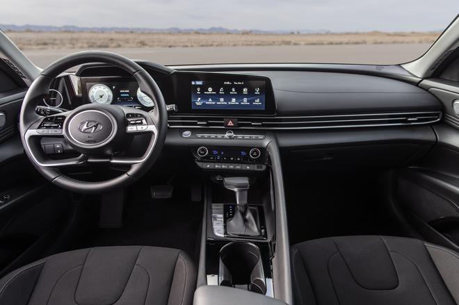 2021-Hyundai-Elantra-i30-Sedan-Avante