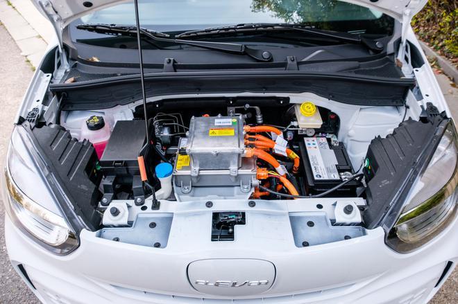 6万块300km续航 进阶的纯电微型车香吗?