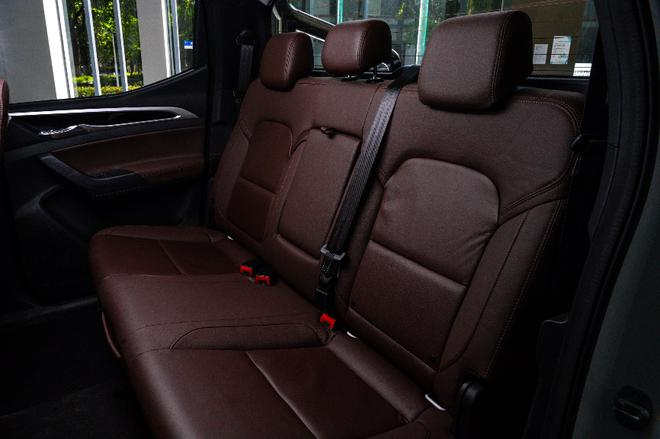 上汽MAXUS T70 8AT车型上市 售价11.88-19.18万元