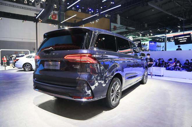 2020成都车展:荣威R ER6预售价16-22万元