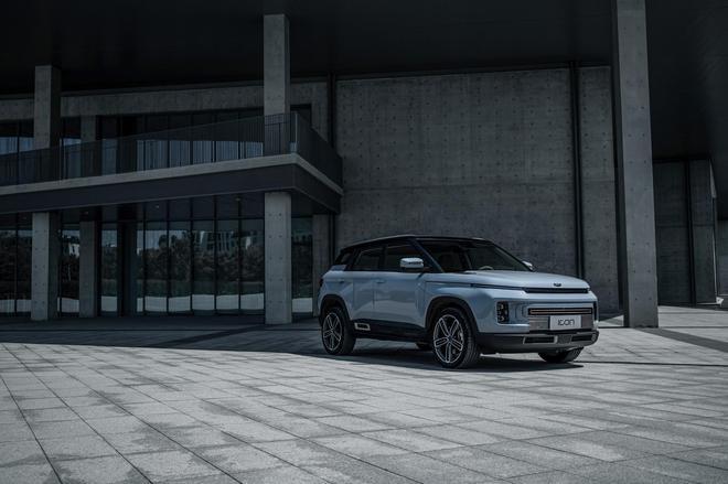 吉利ICON新增三款全新车型 售价9.98万元起