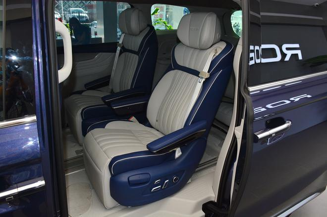 上汽荣威iMAX8共推3款车型 售18.88万元起-WeCar-买车选车养车改装车就来WeCar