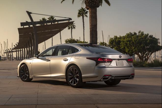2021款雷克萨斯LS登陆美国,较前代车型迎来脱胎换骨般的更新
