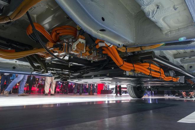 奔驰eSprinter参数公布 最高续航150km