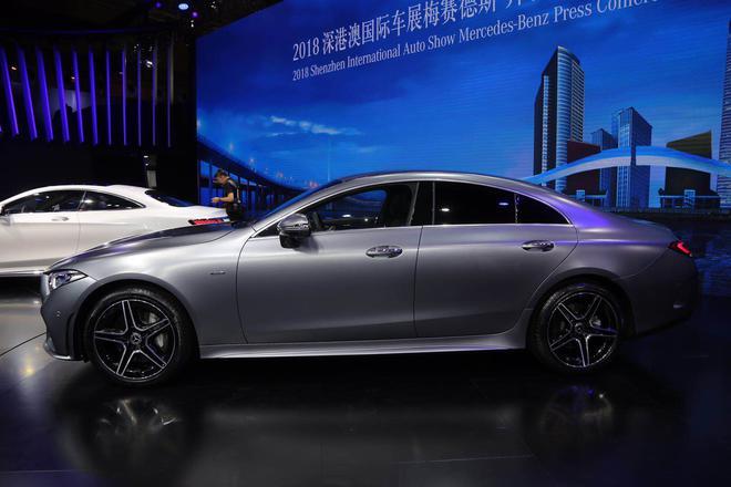 2018深港澳车展:全新一代奔驰CLS亮相