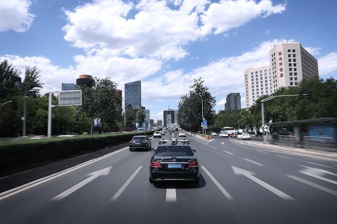 戴姆勒与清华大学深化可持续交通研究合作