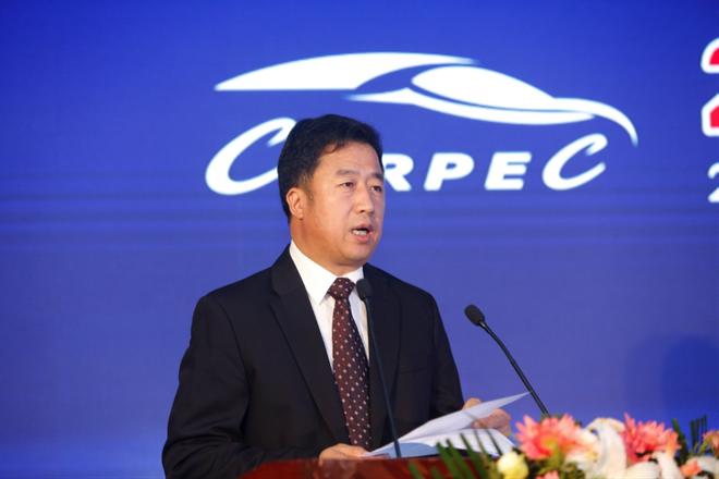 应对外贸新形势 汽车出口产业迎新篇章