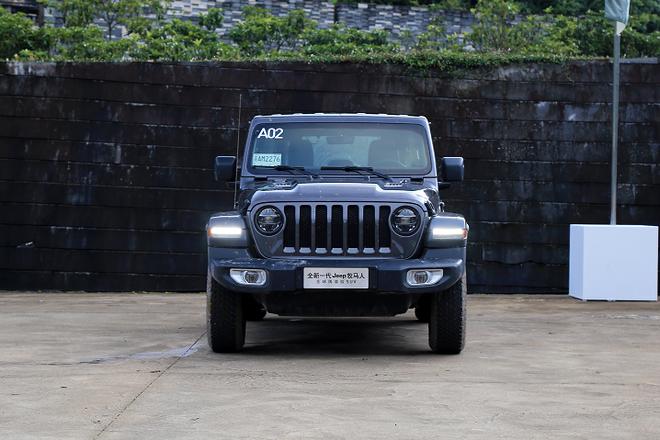 全新一代Jeep牧马人公布售价 售价42.99-53.99万元