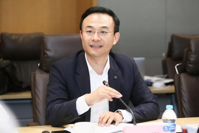 北京新能源汽车股份有限公司党委书记、总经理 郑刚
