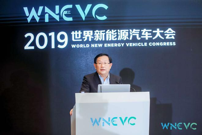 全国政协副主席、中国科学技术协会主席万钢