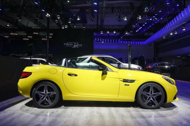 奔驰SLC 260 瑾瑜典藏版上市 售价50.88万元