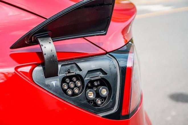 重磅消息,车企即将不允许用绿牌车去拉低平均油耗了